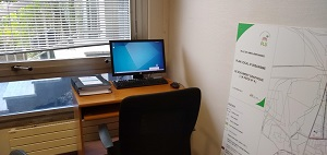 Un ordinateur à disposition pour consulter la révision du PLU